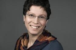 Kari Lessír