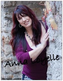 Anna Loyelle